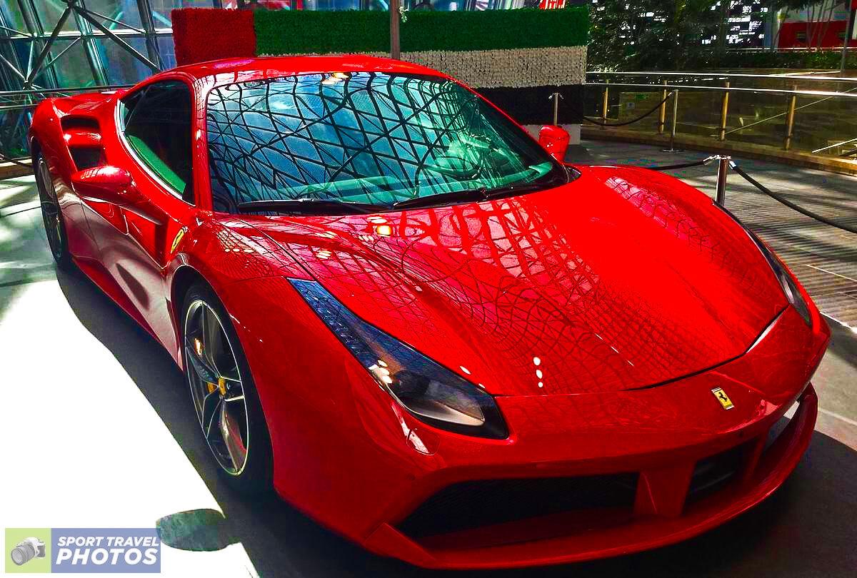F1 Abu Dhabi Ferrari World_1
