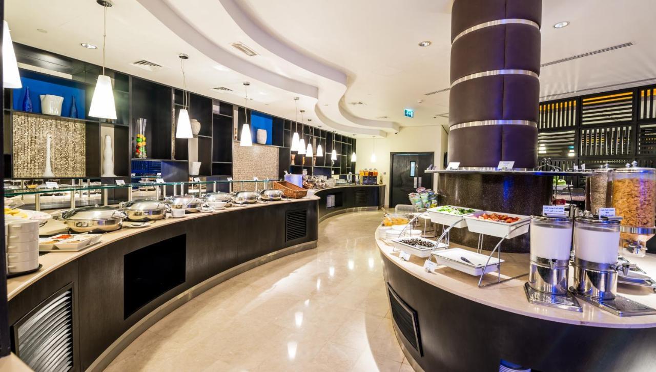 Hotel Dubai snidane.
